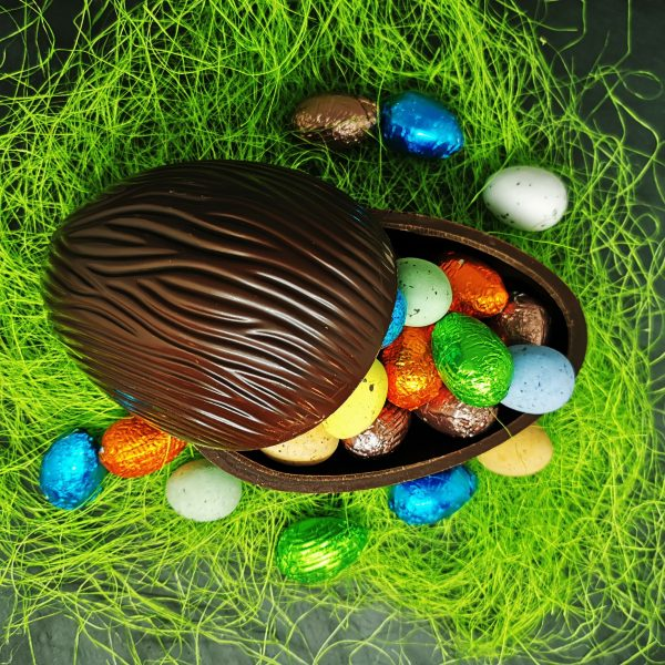 Œuf de Pâques en chocolat artisanal